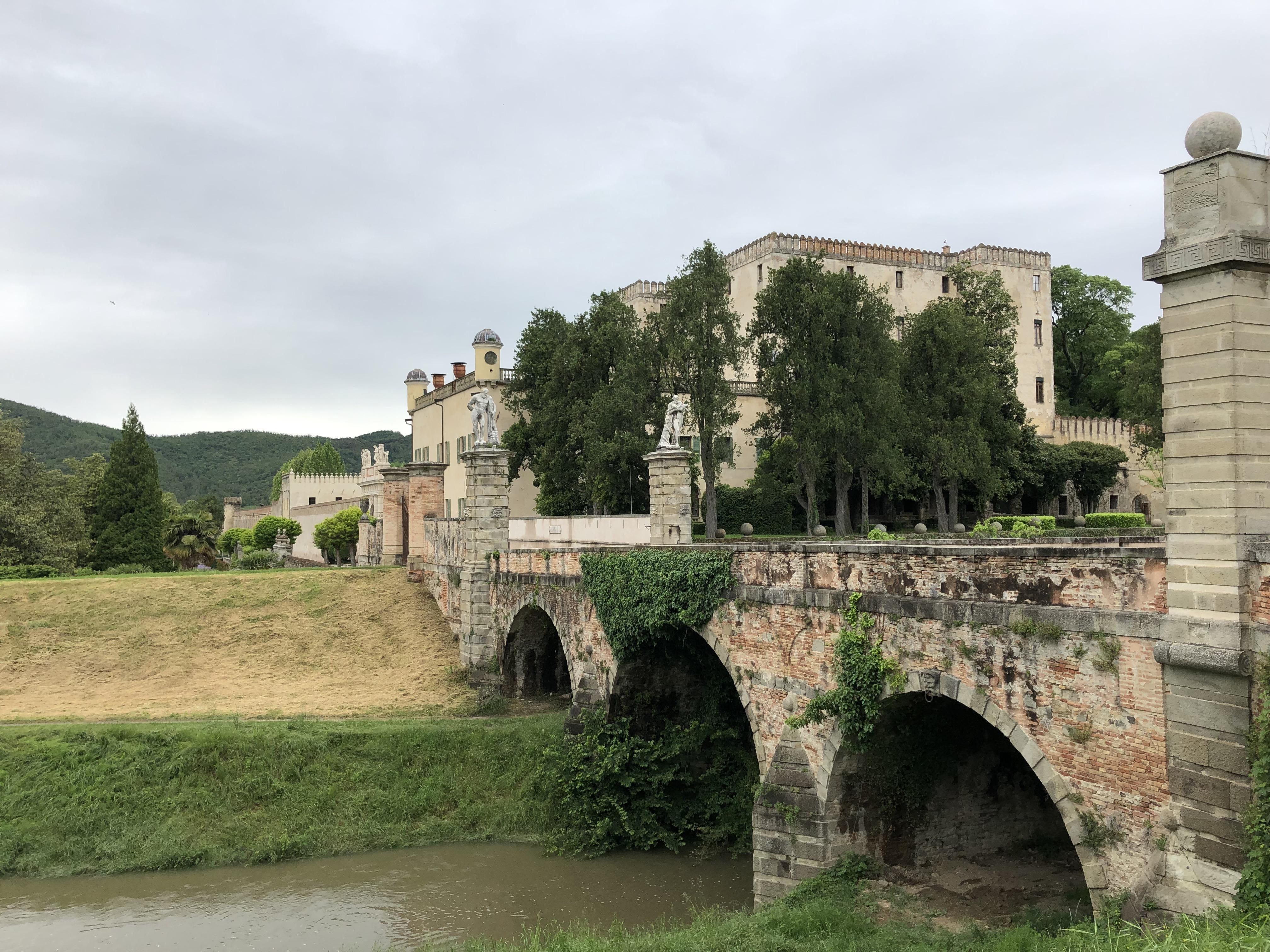 Experience tour - la navigazione fluviale verso il Castello del Catajo 1
